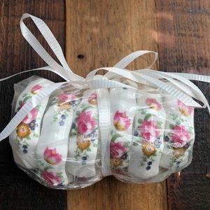 🌈NWOT Floral Pattern Bone China Napkin Holders